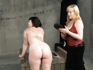 Pretty good fingers added to spanks her resultant in hot BDSM action
