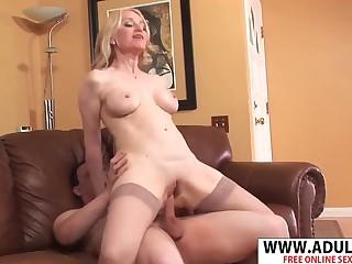 Horny mature slut Robin Pachino