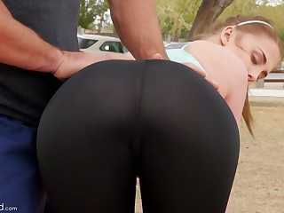 Fitness chick Chloe Scott is fucked off out of one's mind one stranger after outdoor workout