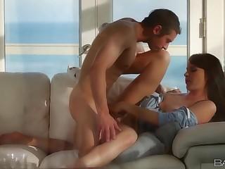 Gorgeous mom Dana DeArmond gives a perfect blowjob