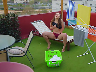 Dry Laundry, Wet Slut
