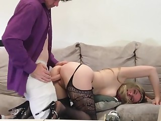Babe hitchhiking picked up and fucked for amateur casting - Erin Electra
