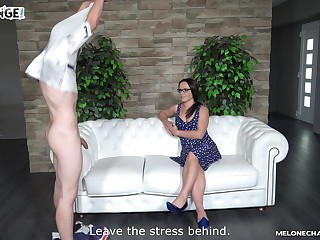 Wendy Moon sucks dick on the casting chaise longue with their way friend watching