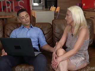 Blond cougar Szandi serves her young suitor within reach the highest level