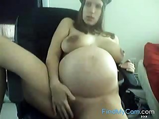 Young 9 Months Pregnant Plateau Undershorts Teasing on Cam