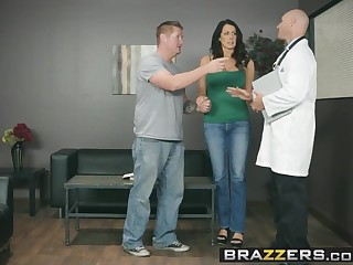 Brazzers - Doctor Adventures -  My Scrimp Is Right Outside.