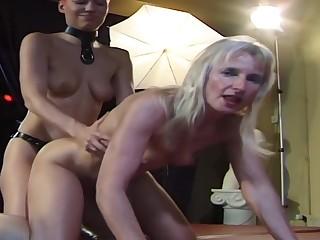 Lesbian Bukkake Gangbang Sperm facial swallowing