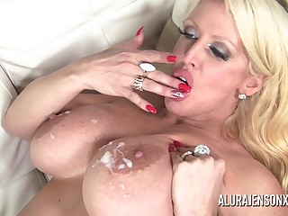 Alura Jenson found in the flesh a big black weasel words to fill her mouth with the addition of pound her juicy fianc
