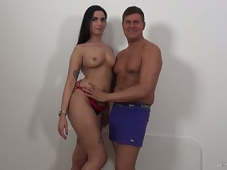 Lusty Loren Minardi loves taking fat prick into will not hear of anus deep enough for delight