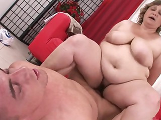 A Close Up Look Inside Grandma 720P Video - hairy