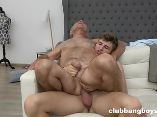 Old man enjoys copulation with a twink until the orgasm
