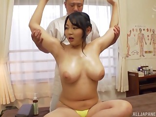 Fat Minazumi Hikari gets her pussy bewitched in many skirmish by a coxcomb