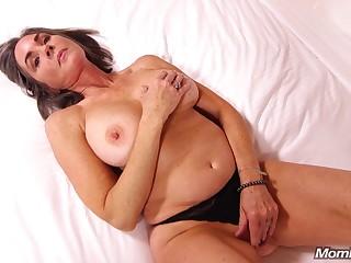 Mommy Lady Enjoys Coitus - POV porn peel