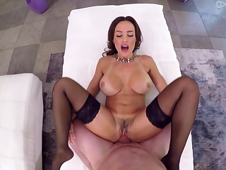 Milf suits her trimmed pussy back a very expansive learn of