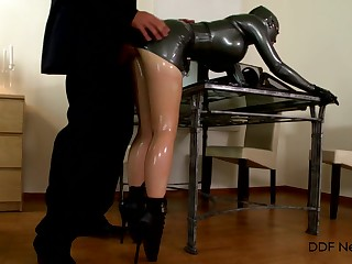 Latex fetish for be transferred to married woman who plays demolished