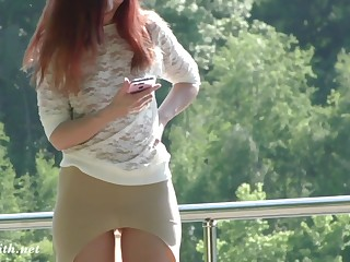Jeny Smith flashes say no to pussy in public park