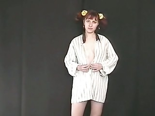 Pigtailed ginger nympho flashes her ugly pale tits increased by her pissing show