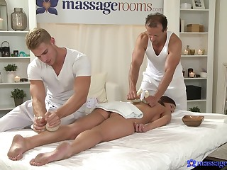 Pussy operate in threesome during erotic massage with two men