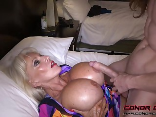 Massive jugged, platinum-blonde grandma doesn't plan involving stop penetrating men, because it perceives so excellent