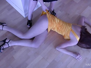 Immoral mistress puts a hot babe relating to sleep and then punishes her yon the dungeon