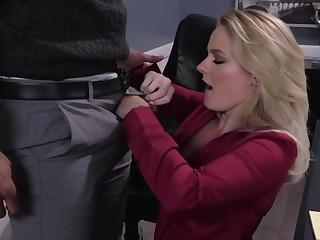 Slutty bazaar bootyful secretary gives deepthroat blowjob right in the meeting